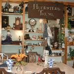 Breakfast room and knicknacks