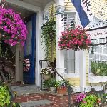 Burbank Rose Facade