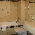 Rm 103(?) bathroom