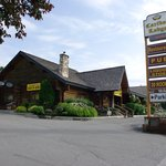 Cariboo Lodge - Pub and Restaurant