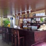 The small friendly bar comes alive at 5-6