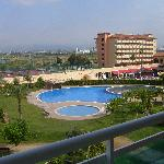 vue de notre appartement sur l'hôtel