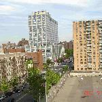 Vecindario del Harlem, en la esquina esta la parada del subway.