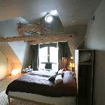 My room, 502