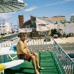 Bobs Trip to Pool