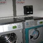 washer and drayer at g.floor