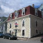 the sail inn