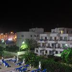 Photo de Apartamentos Casa Luis