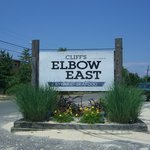 Cliff's Elbow Room East