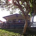 Cabin apartment overlooks river