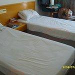 Adelais Bay Hotel