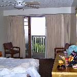 nice simple, clean room