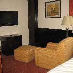 TV & Lounge