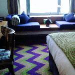 Nice room, nice colors!