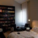 Montefiore, hotel room