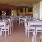 Main restaurant with dirt :((((