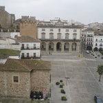 Vista de la plaza Mayor desde la torre de Bujaco