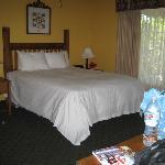 El Cordova Room #14