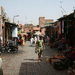 walk from bab taghzout to riad