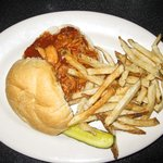 BBQ chicken w/fries (great fries!!!)