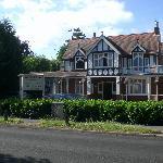 Gatwick Belmot Hotel