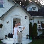 Tom and the hosts at Charm of Qualicum B&B