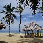 Picnic Center Hotel Beach & Restaurant