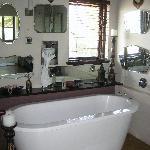 durban view room bath
