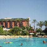 Main pool area between Resort and Royal