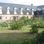 France/Fecamp/Normandie/Hotel La Ferme - the court...