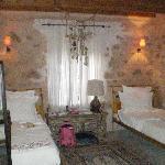 Ada Hotel Foto