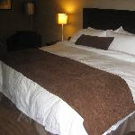 lovely king size bed