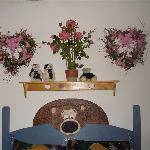 Artificial flowers and more bears