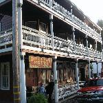 Dutch Flat Hotel