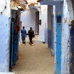 escena de calle en Chaouen