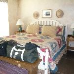 Tumbleweed Room kingsize bed