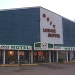 Best Lodge Motel - Front