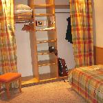 """dressing room"" with closets & 2 twin beds"