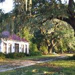 Palmyra Cottage, the original plantation house built in 1840