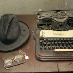 Joel Chandler Harris' hat, glasses, and typewriter
