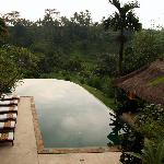 infinity edge main pool