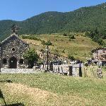 La ermita de Canolich, justo al lado