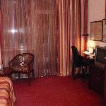 Photo de Golden Dragon Hotel