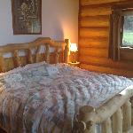 Large bed in the Grizzly cabin
