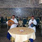 musicians at lunchctime in tazi