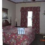 Bedroom Mini Suite
