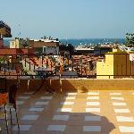 la terrasse pour le petıt dejeuner
