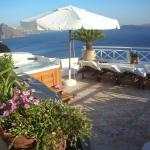 This was the veranda with the jaccuzzi and the view... GOOD TIMES
