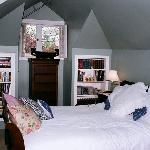 Bed (upstairs)