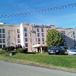 Outside view of Alexis Inn